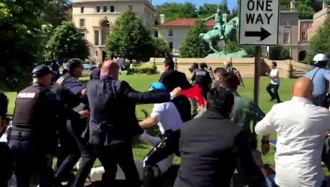 В Вашингтоне охранники Эрдогана избили сторонников РПК и АСАЛЫ — ВИДЕО