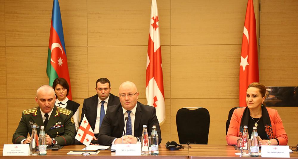 В Батуми состоялась встреча министров обороны Азербайджана, Грузии и Турции — ФОТО