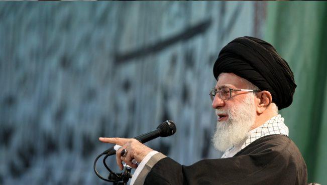 Хаменеи: «Саудовцы думают, что могут за деньги купить расположение врагов ислама»