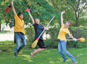 Более 800 подростков из Тверской области подыскали летнюю работу. Вакансии еще есть