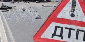 Две фуры столкнулись в городе Красноярске