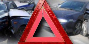 В Авиастроительном районе Казани столкнулись два автомобиля «лоб в лоб»