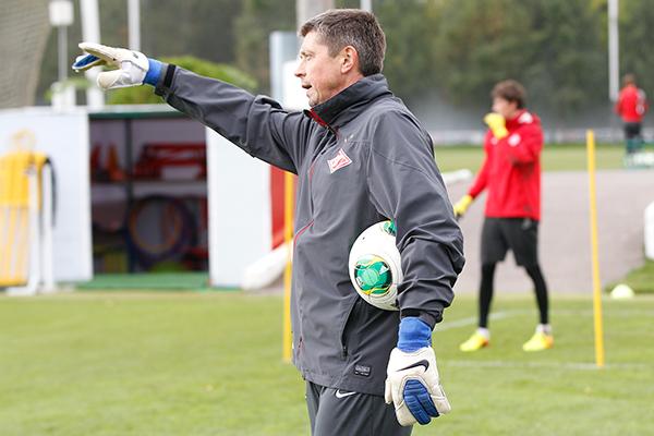 Дмитрий Аленичев: Клеймёнов зарекомендовал себя как очень серьёзный тренер