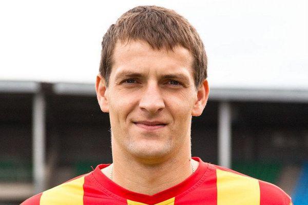 Сергей Сухарев продлил контракт с «Тосно»