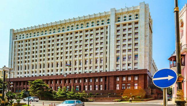 Ильхам Алиев назначил себе новых помощников