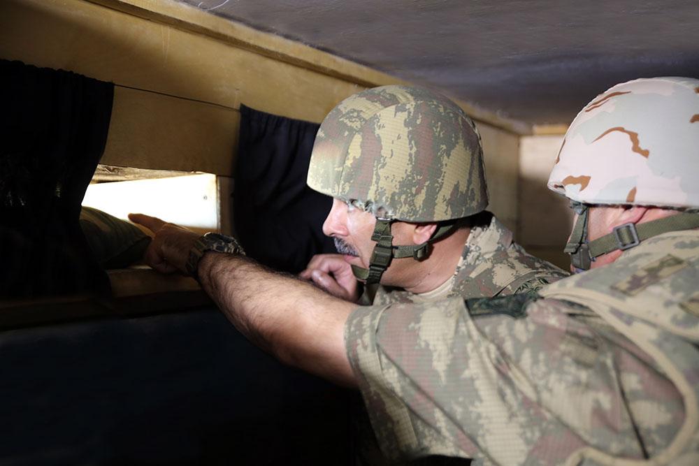 Руководство Минобороны побывало в прифронтовой зоне