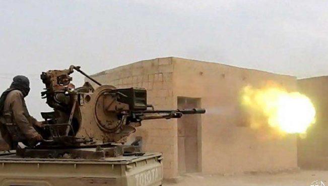 Две террористические группировки сцепились в Ракке