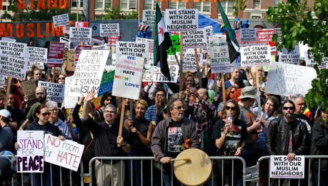 В США прошли митинги против законов шариата — ВИДЕО