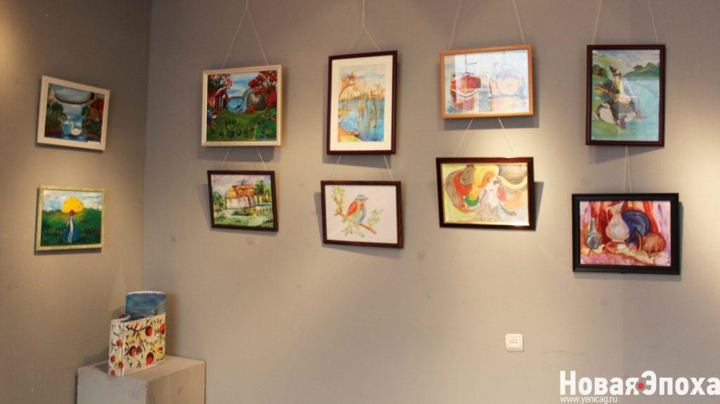 В Баку прошла выставка юных талантов – ФОТОСЕССИЯ