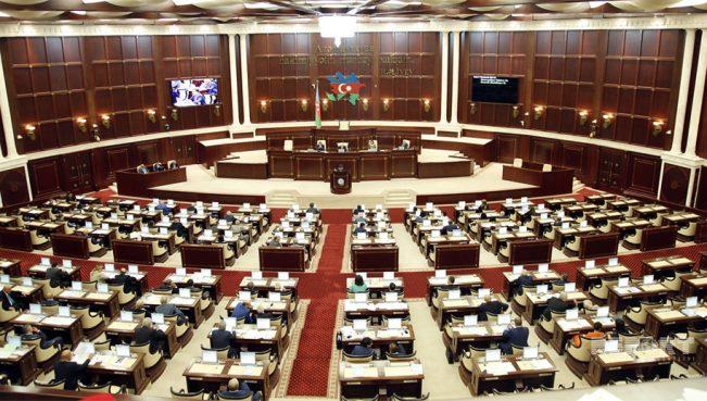В Азербайджане будет создан страховой фонд для выдачи пособий по безработице