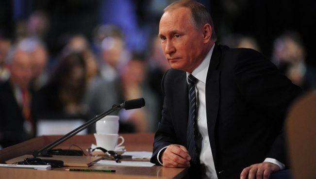 Путин ответил Порошенко: «Перед тем как уходить от немытой России, отмой свои деньги в оффшорах»