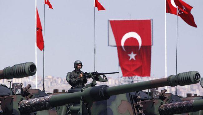 В Катар прибыла первая группа турецких военных