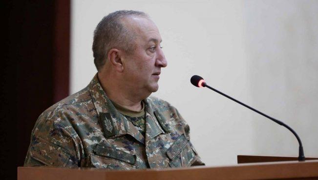 Из-за серии неудачных провокаций на фронте Акопян лишается своей должности