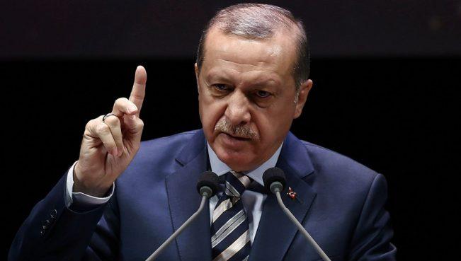 Турция несвязывает создание военной базы вКатаре скризисом врегионе