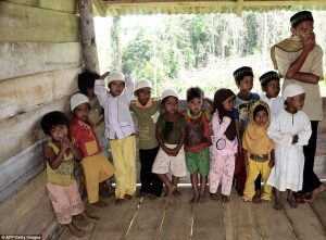 Племя папуасов приняло ислам — ФОТО
