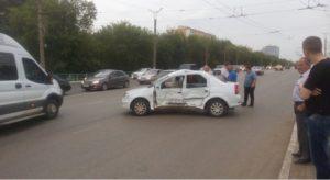 В Саранске минивэн протаранил легковушку (ФОТО)