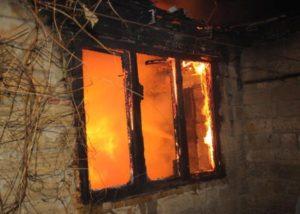 В Липецке при пожаре в жилом доме погиб человек