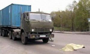 Смертельное ДТП под Набережными Челнами: «КамАЗ» сбил дачниц
