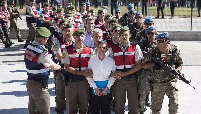Эрдоган установил дресс-код для обвиняемых в госперевороте