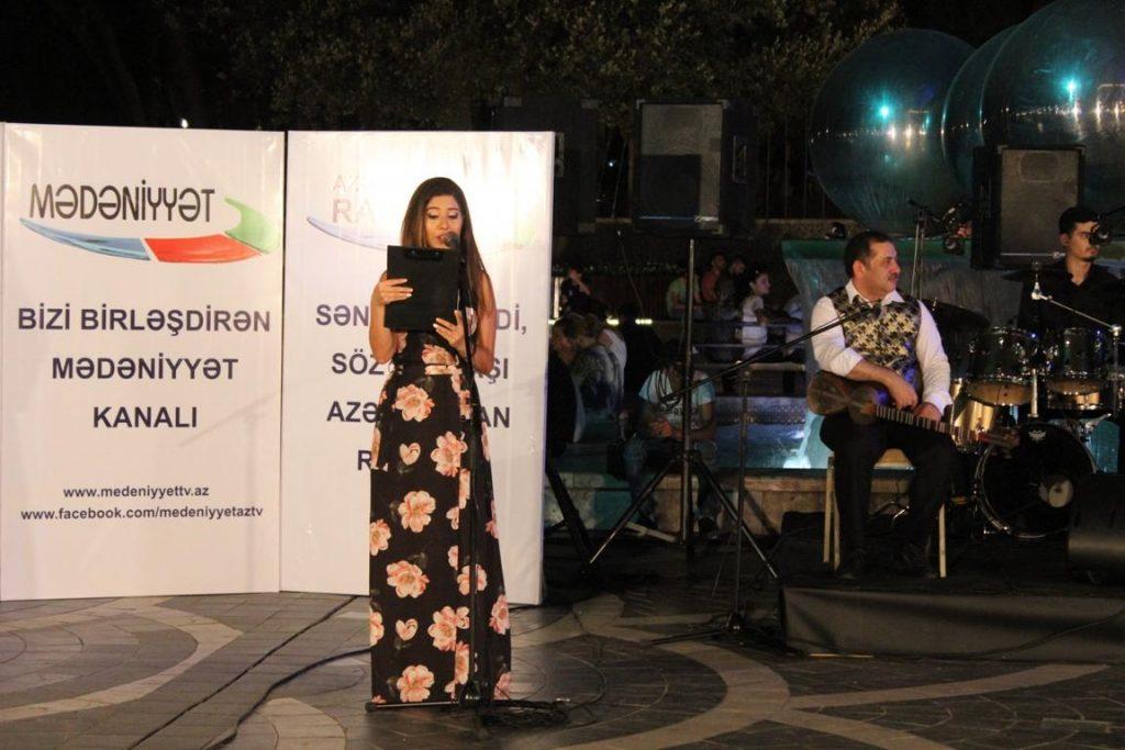 Песни из известных фильмов в исполнении Энвера Садыхова и ансамбля «Qaytağı» – ФОТО