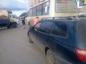 В Кургане снова автобус столкнулся с легковушкой (ФОТО)