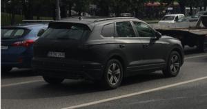 В Москве на тестах замечен новый кроссовер Volkswagen Touareg