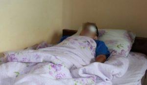 В Чебоксарах плавящийся пакет обжег лицо и голову 14-летнего парня