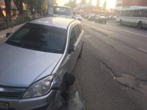В Липецке на проспекте Победы столкнулись пять машин (Фото)
