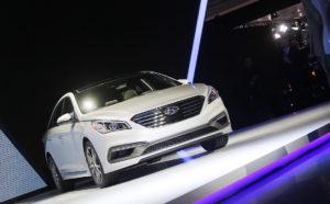 Hyundai возобновляет продажу седана Sonata в России