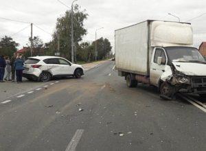 В Рязанской области столкнулись Mazda и «Газель», пострадал ребенок
