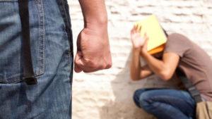 В Татарстане осудили 20-летнего парня, который вымогал деньги у подростка