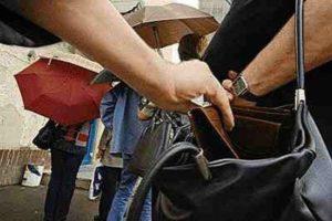 В Чебоксарах приезжая женщина обворовывала продавцов на городских рынках