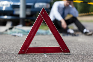 В Саранске водитель Audi А6 погиб под рухнувшей в результате наезда световой опорой