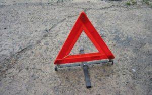 В Саранске молодой водитель ВАЗ-21124 врезался в столб, резко затормозив перед «зеброй»
