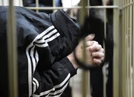 Ранее судимый мужчина и женщина ограбили собутыльника в Сергаче