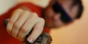 В Вурнарах пьяный мужчина выстрелил в ногу односельчанину