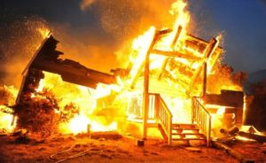 Под Смоленском в своем доме сгорел мужчина