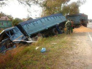 В Клепиковском районе столкнулись «КамАЗ» и «Газель», есть пострадавший