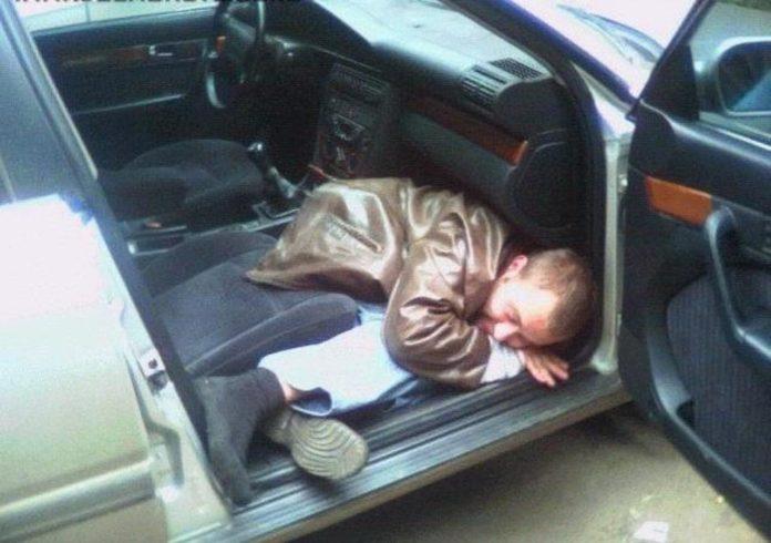 Пьяный житель Смоленска угнал автомобиль ВАЗ, чтобы покататься