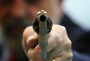 Казанец выстрелил спящей сожительнице в спину из револьвера