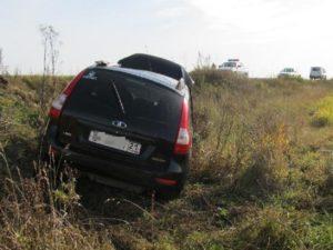 В Чувашии «Лада Калина» вылетела в кювет, погиб человек