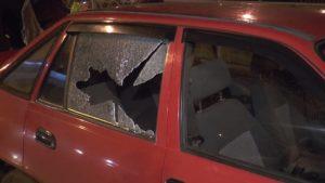 В Казани ехавший Daewoo обстреляли из пневматического пистолета