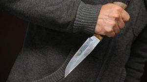 В Кургане именинник зарезал гостя кухонным ножом