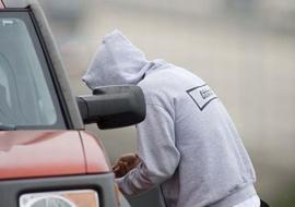 В Порецком районе двое подростков обвиняются в угоне машины