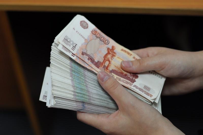 Чиновника из Чувашии подозревают в присвоении более 97 тысяч рублей