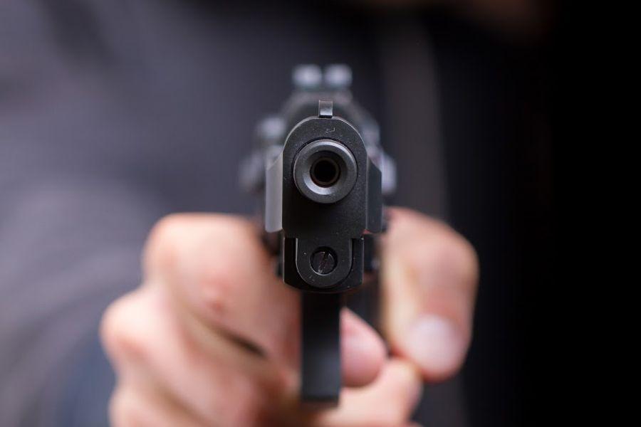 В Нижнем Новгороде пассажир напал на водителя такси с пистолетом