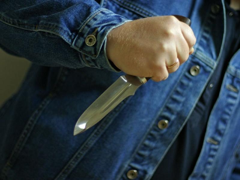 Рязанец напал с ножом на кассира автомойки ради 500 руб.