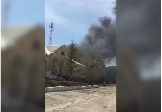 Сетевязальная фабрика загорелась в Рязанской области