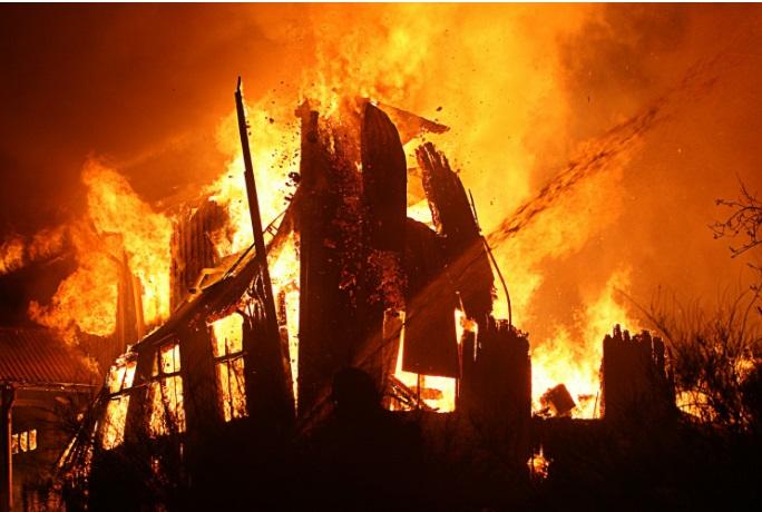 В Чамзинском районе сегодня горел жилой дом