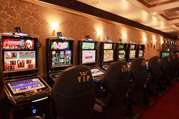 Дизайн игровых автоматов казино Вулкан